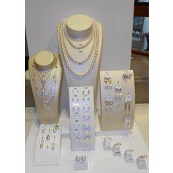 Parures de bijoux avec perles de cultures Akoya