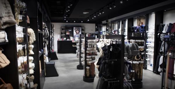 boutique MOA - image 1
