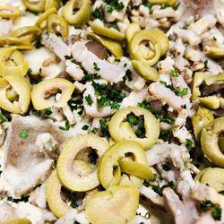 Suggestion du jour  : mijoté de porc, crème de moutarde, olives et lardons, riz basmati