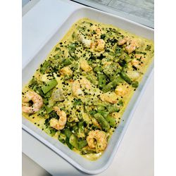 Suggestion du jour : curry indien de gambas et cabillaud au lait de coco et légumes verts, riz basmati