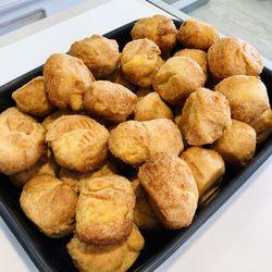 Suggestion du jour : cuisse de poulet rôtie à la fleur de sel et pommes dauphines
