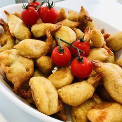 Suggestion du jour : beignets de crevettes sauce aigre-douce et tagliatelles maison