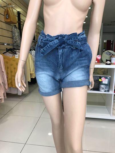 Short jean - image 1