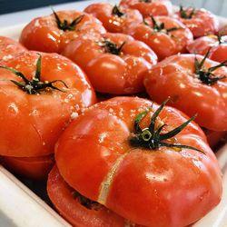 Suggestion du jour : tomate XXL, farcie au b½uf et riz basmati